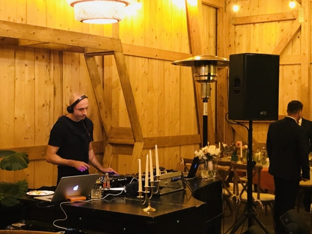 Sonorizare si DJ de inchiriat preturi, DJ Nunta Bucuresti, DJ Eveniment