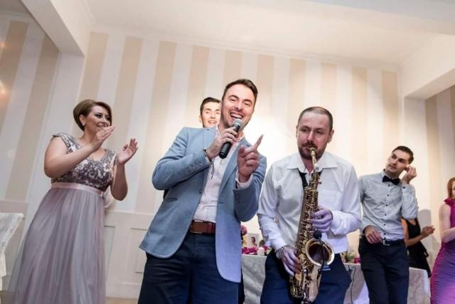 McAdryanno Show - Dj, Saxofon si Percutie