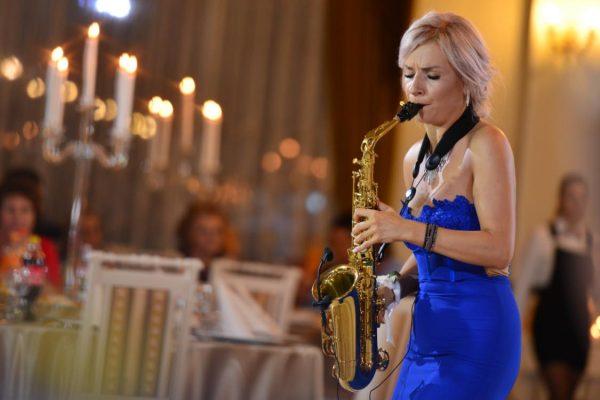 Saxofonist Nunta Bucuresti | Fata cu Saxofonul