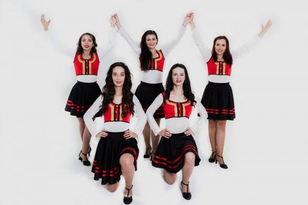 Dansatori Muzica Populara Bucuresti