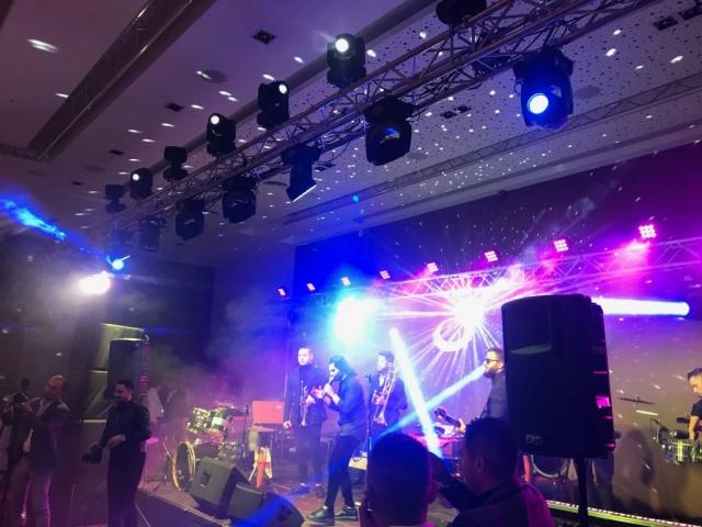 Pepe & Live Band super atmosfera la Ramada Plaza