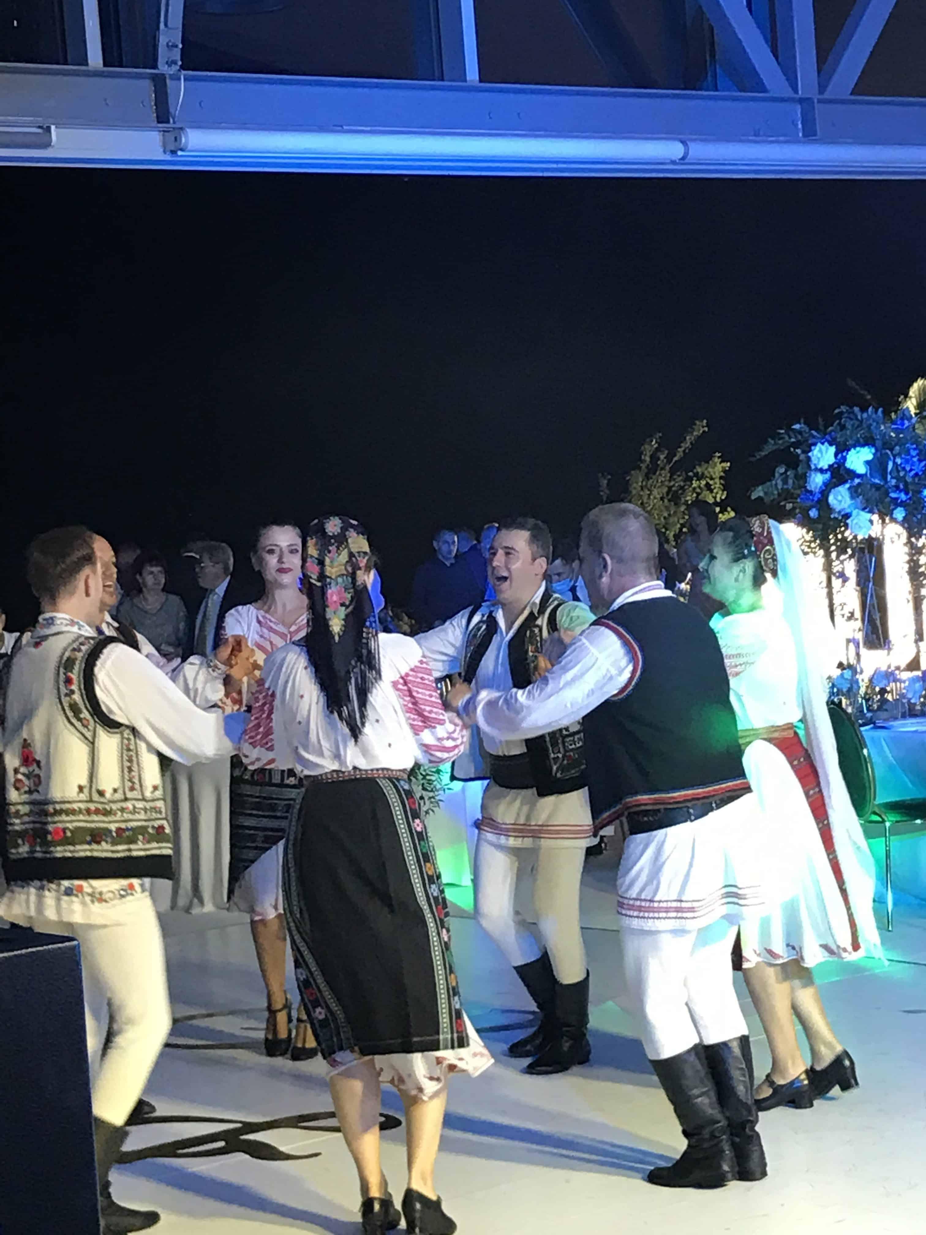 Ansamblu Dans Popular la Club Snagov, Dj si Sonorizare by AzZa Events