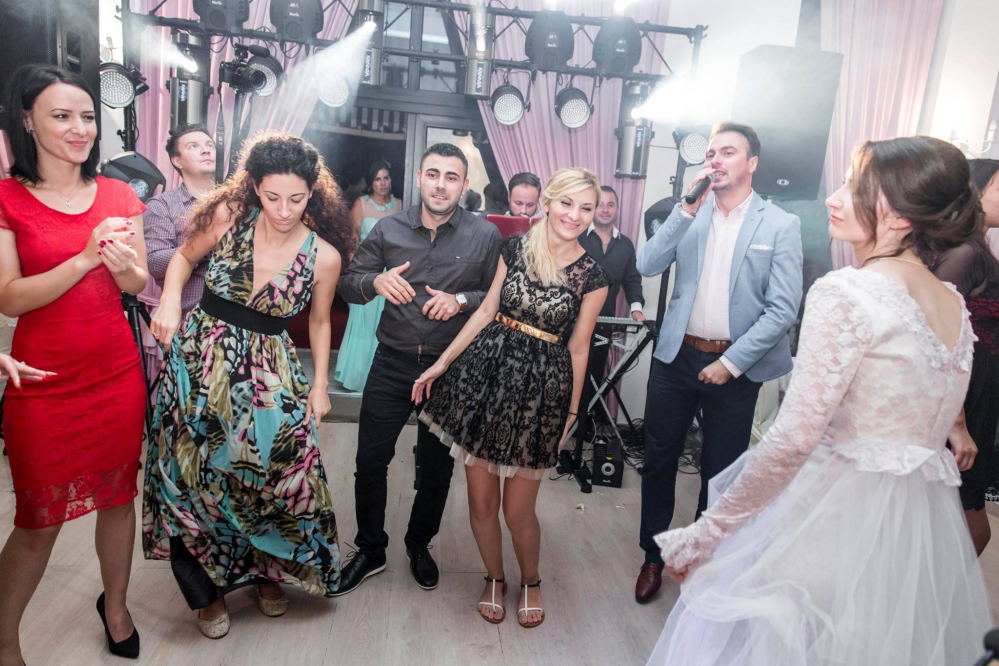 Mc Adryanno & DJ Rolly (Nunta Salon Anastasia)