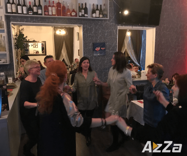 Petrecere de 8 Martie - Urban Bistro (Program Muzical AzZa Events)