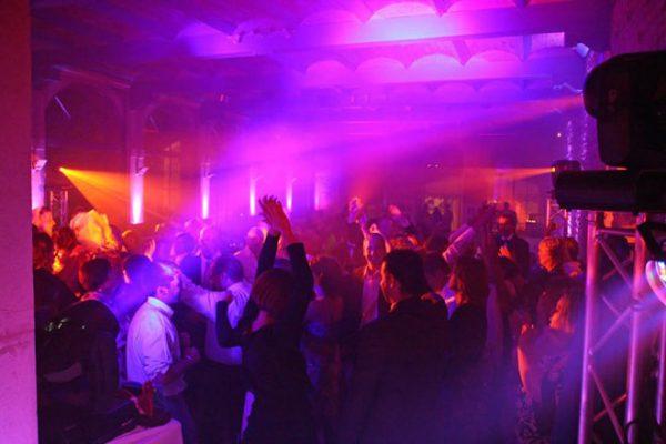 petrecere-privata-demo1