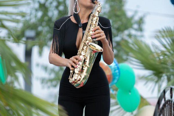 Cauti Saxofonist Nunta Bucuresti? Program Saxofon pentru evenimentul tau.